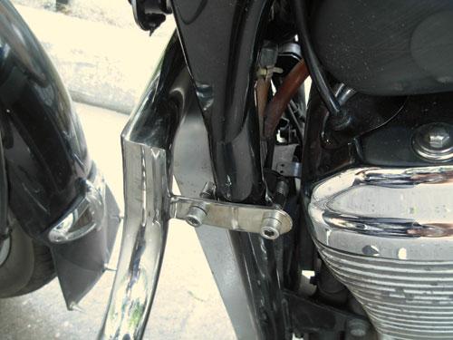 Захисні дуги з підставками для ніг на мотоцикл Honda Steed 400 VLX