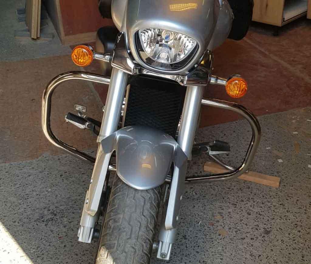 Защитные дуги на мотоцикл Suzuki Boulevard C50t (2012г.)