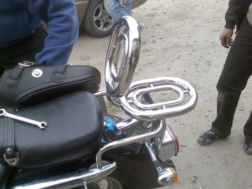 Спинки пасажирські з багажником на мотоцикл Hyosung Aquila gv250